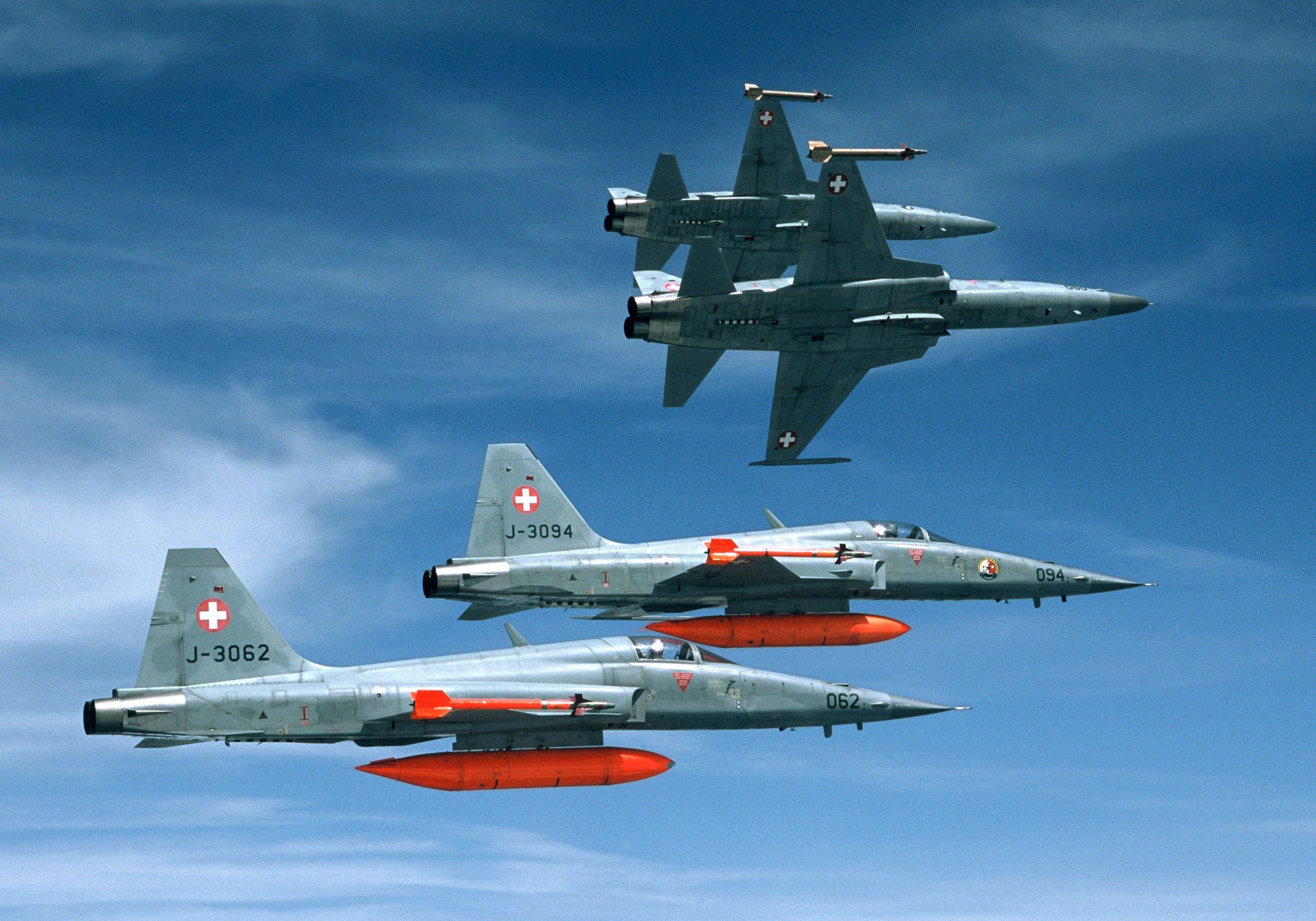 Ο στρατός των ΗΠΑ θέλει να αγοράσει ένα μεγάλο κομμάτι της Πολεμικής Αεροπορίας της Ελβετίας