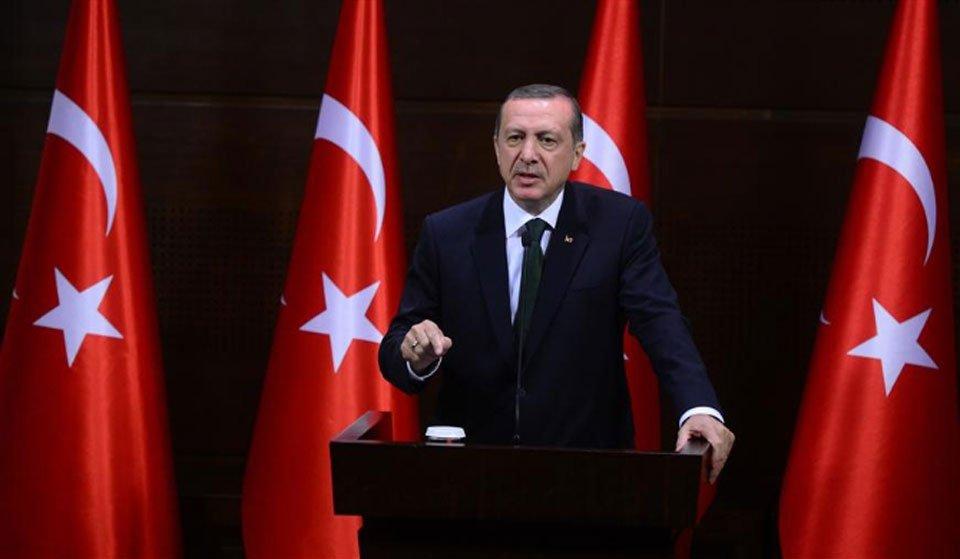"""Τ. Ερντογάν: """"Τι δουλειά έχει η Ελλάδα με τη Λιβύη;"""""""