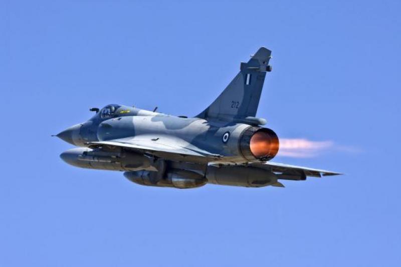 Υπογράφηκαν οι συμφωνίες των Mirage 2000-5