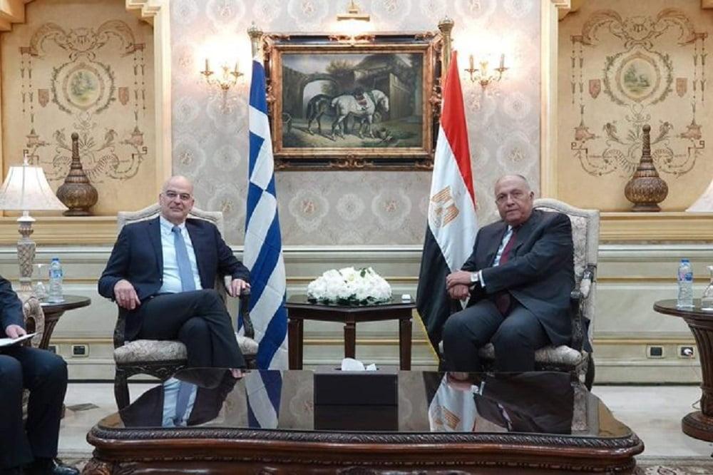 Πενταμερής σύσκεψη στο Κάιρο
