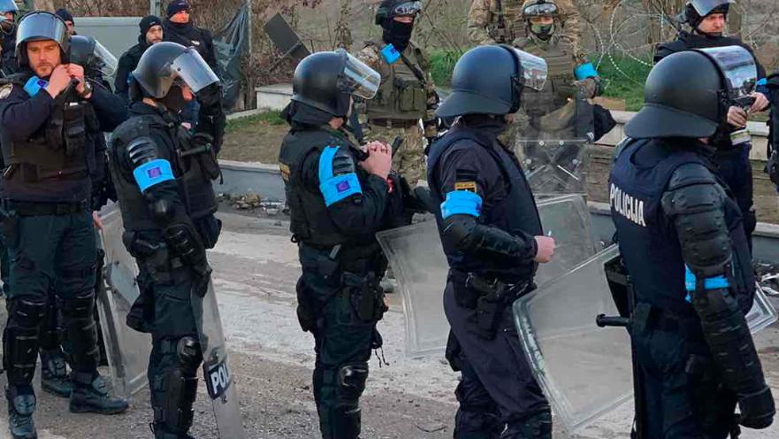 """""""ΘΑ ΜΕΙΝΟΥΜΕ ΟΣΟ ΧΡΕΙΑΣΤΕΙ"""" – FRONTEX"""