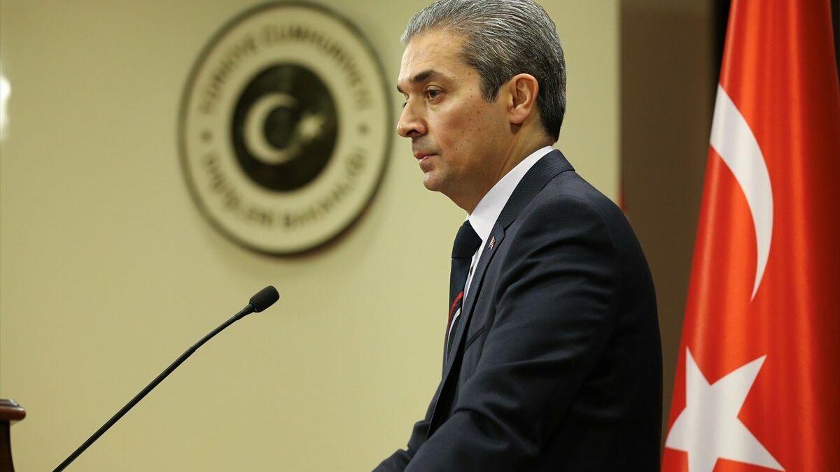 """""""ΕΙΜΑΣΤΕ ΑΝΩΤΕΡΟΙ ΑΠΟ ΤΟΝ ΟΗΕ"""": Τουρκική απάντηση σε ΕΕ και Μπορέλ για τα Βαρώσια"""