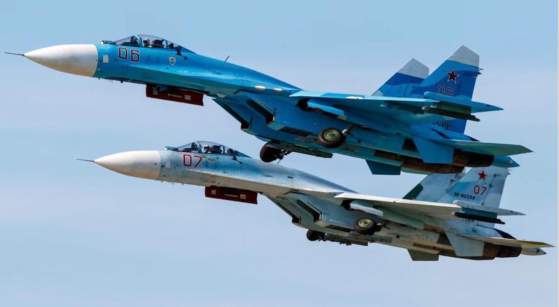 ΑΝΑΧΑΙΤΙΣΗ ΠΑΝΩ ΑΠΟ ΤΗ ΜΑΥΡΗ ΘΑΛΑΣΣΑ: Κατασκοπευτικό των ΗΠΑ αναχαιτίστηκε από Su-27