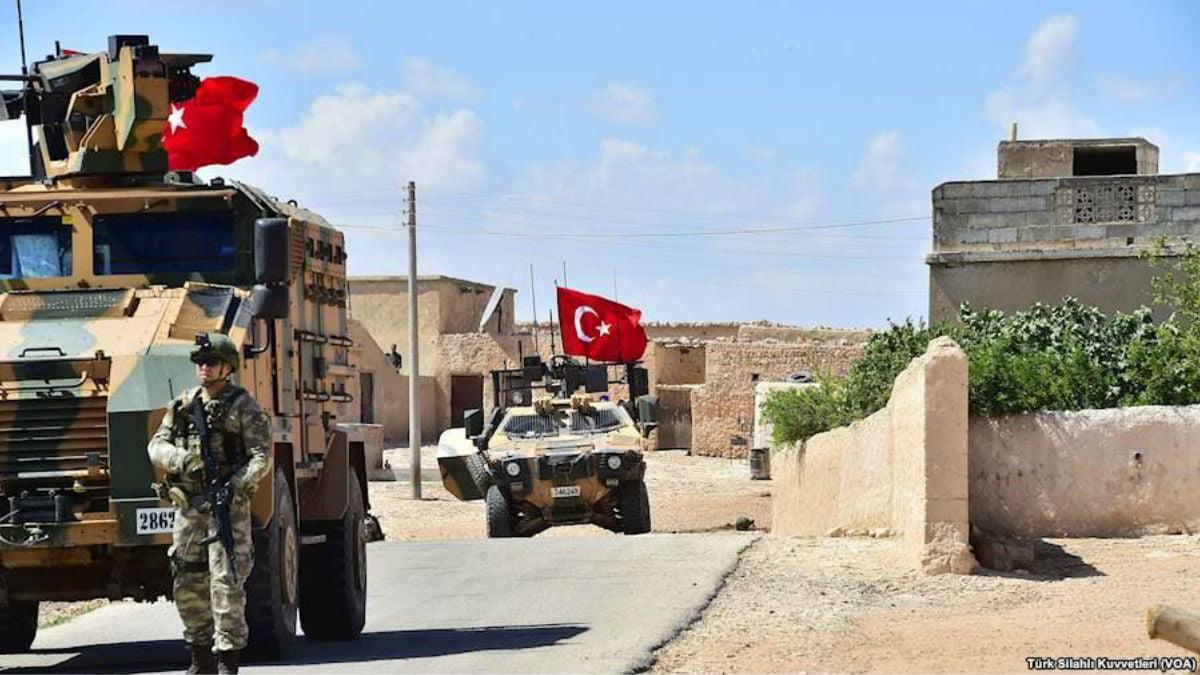 """Τουρκικές δυνάμεις στη Συρία δέχτηκαν πυρά απο τα  """"φιλαράκια"""" τους"""