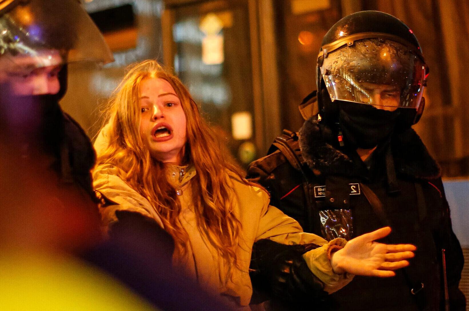 """ρωσικό Υπουργείο κατηγόρησε ΗΠΑ υποκίνηση Ναβάλνι, ΡΩΣΙΚΗ ΟΡΓΗ ΜΕ ΗΠΑ: """"Οι Διπλωμάτες τους υποκινούν τις διαδηλώσεις για τον Ναβάλνι!"""", NEMESIS HD"""
