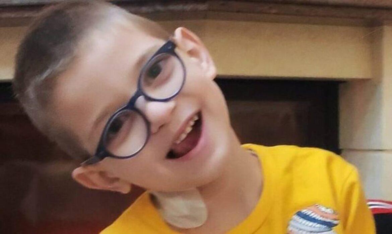 Ο μικρός Βαγγέλης έχει ανάγκη τη βοήθειά μας – Διαγνώστηκε με όγκο στο μάτι