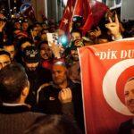 """ΟΙ ΟΛΛΑΝΔΟΙ ΞΥΠΝΟΥΝ: """"Ο Ερντογάν πίσω απο τις επιθέσεις στην Ευρώπη"""""""