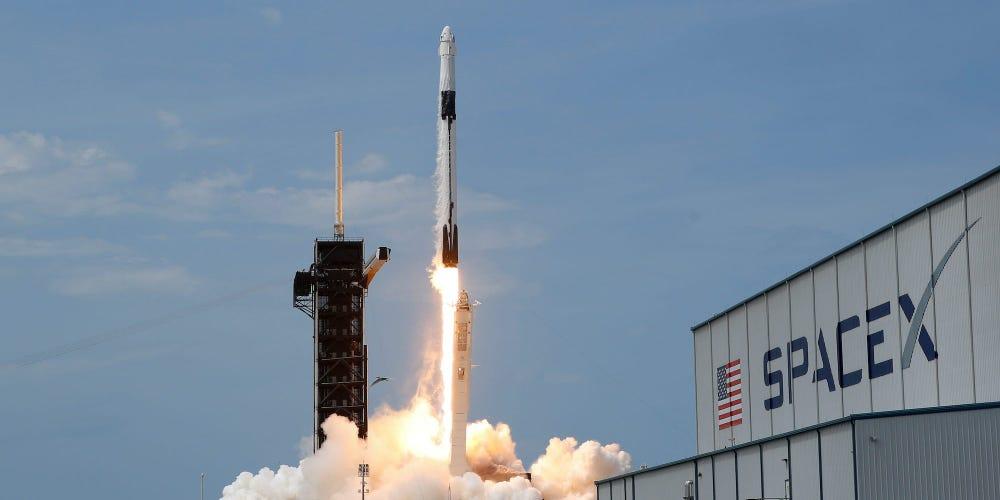 Η NASA συνεργάζεται με την SpaceX για να κατανοήσει καλύτερα τη γέννηση του σύμπαντος