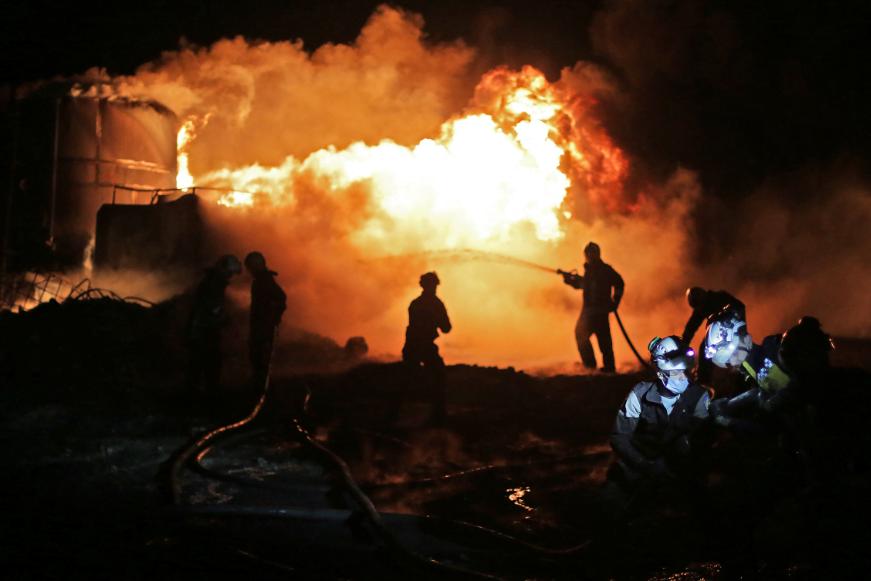 ΤΕΡΜΑ ΤΟ ΠΕΤΡΕΛΑΙΟ ΓΙΑ ΤΟΥΣ ΙΣΛΑΜΙΣΤΕΣ: Βαλλιστική επίθεση τα έκανε κάρβουνο