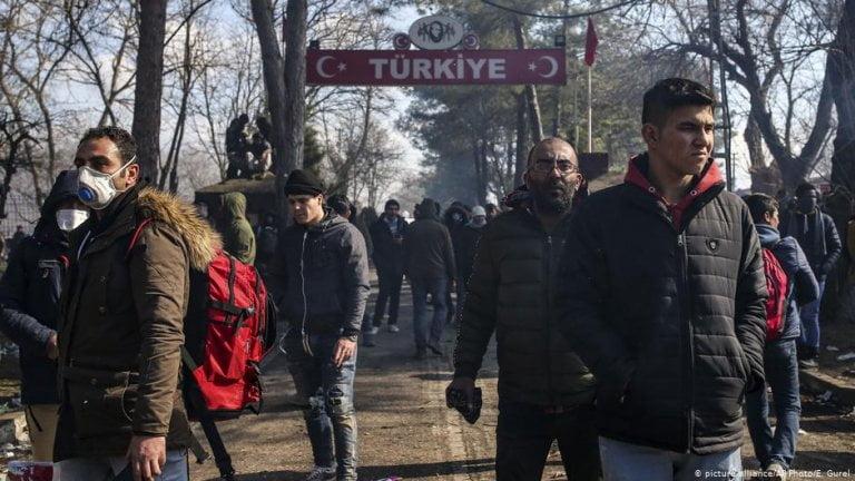 Τουρκία πολιτών παράνομα ελλάδα 20.000, ΤΟΥΡΚΙΚΗ ΕΦΗΜΕΡΙΔΑ: 20 χιλιάδες Τούρκοι και μέλη του PKK εισήλθαν στην Ελλάδα, NEMESIS HD