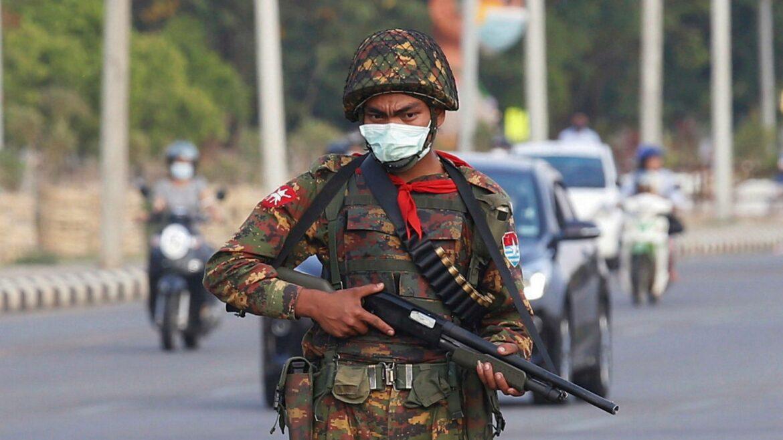 Το Ελληνικό ΓΕΕΘΑ προειδοποιεί τον στρατό της Μιανμάρ