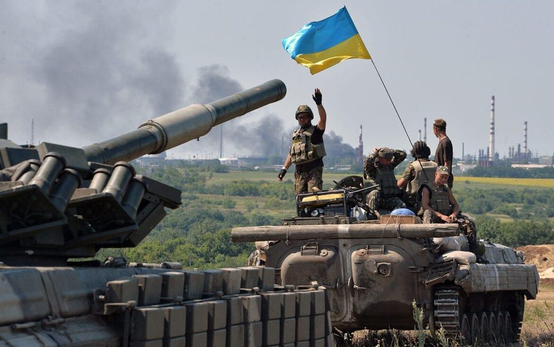 """ΟΥΚΡΑΝΟΣ ΑΝΑΛΥΤΗΣ: """"Η Ρωσία θέλει ύπουλα να στείλει ειρηνευτικές δυνάμεις"""""""
