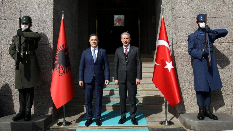 """υπουργός άμυνας Τουρκίας Ακάρ Αλβανό στρατιωτική Άγκυρα, ΤΟΥΡΚΑΛΒΑΝΙΚΑ """"ΠΑΙΧΝΙΔΙΑ"""": Επίσκεψη του Αλβανού ΥΠΑΜ στον Ακάρ, NEMESIS HD"""