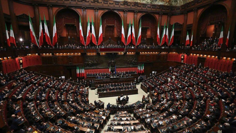 ΕΠΙΚΥΡΩΘΗΚΕ Η ΣΥΜΦΩΝΙΑ ΕΛΛΑΔΑΣ – ΙΤΑΛΙΑΣ: Το ιταλικό κοινοβούλιο ενέκρινε τη συμφωνία ΑΟΖ