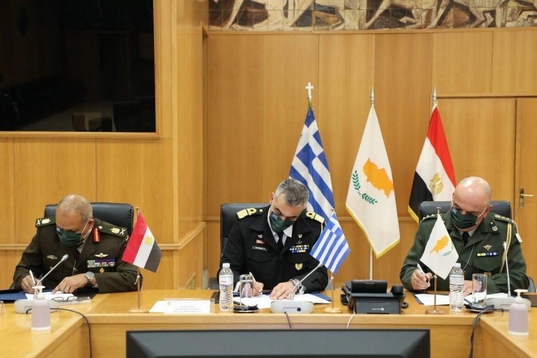 Ελλάδα, Αίγυπτος και Κύπρος υπογράφουν ενίσχυση της στρατιωτικής συνεργασίας