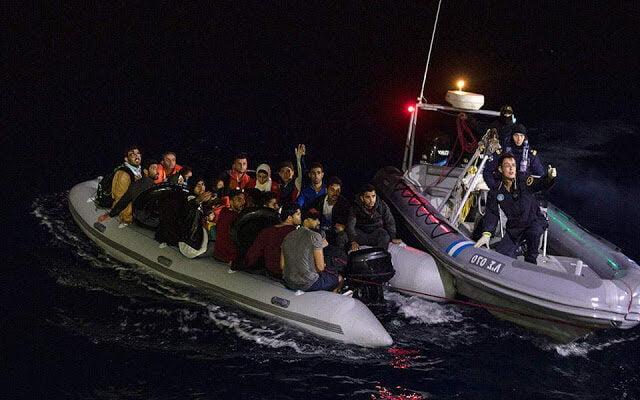 """ΤΟΥΡΚΙΚΗ ΠΡΟΠΑΓΑΝΔΑ: """"Οι Έλληνες έσπρωξαν βίαια πίσω 64 πρόσφυγες"""""""