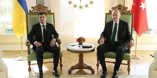 ΠΑΙΖΟΥΝ ΜΕ ΤΗ ΦΩΤΙΑ: Συνομιλίες στην Κωνσταντινούπολη μεταξύ Ουκρανίας και Τουρκίας