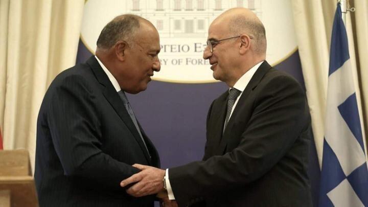 Τηλεφωνική επικοινωνία Δένδια με Αιγύπτιο Υπουργό Εξωτερικών