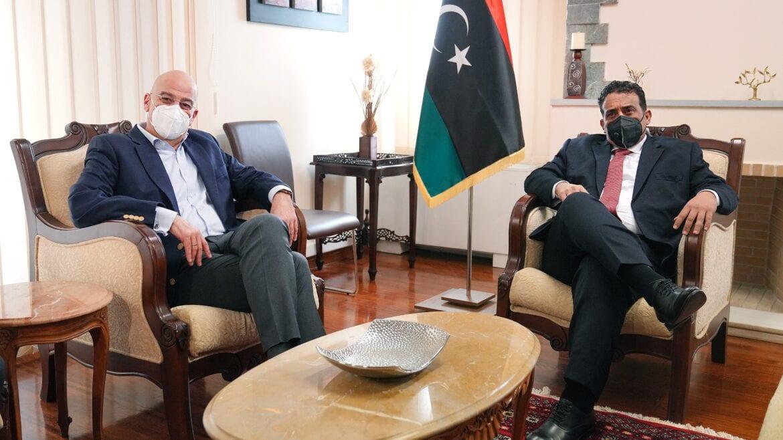 Ελλάδα και Λιβύη όλο και πιο κοντά – Συνάντηση Δένδια με Αλ-Μένφι