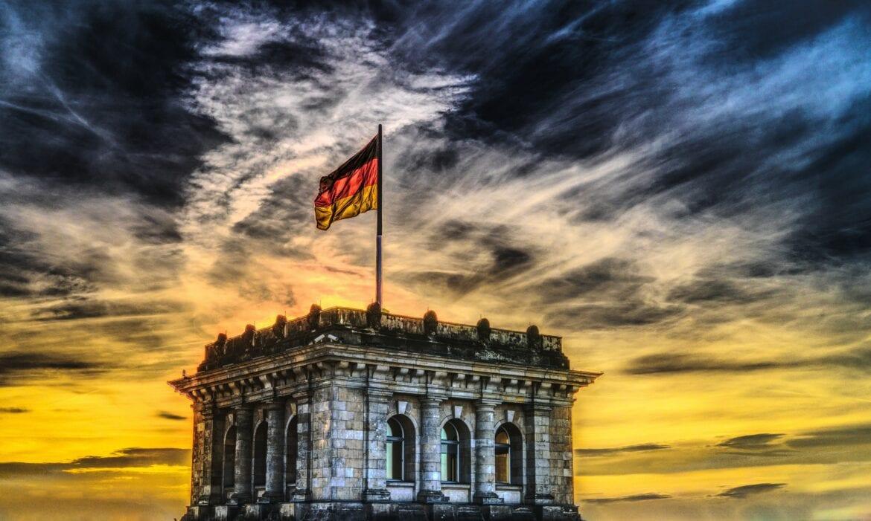 Η γερμανική εξάρτηση απο διεθνείς οργανισμούς | ΑΝΑΛΥΣΗ