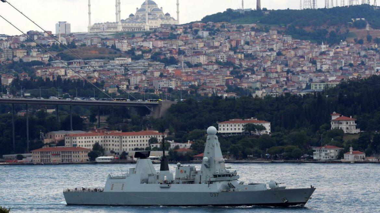 ΒΡΕΤΑΝΙΚΗ ΑΠΕΙΛΗ ΠΡΟΣ ΡΩΣΙΑ: Στέλνει πολεμικά πλοία στη Μαύρη Θάλασσα