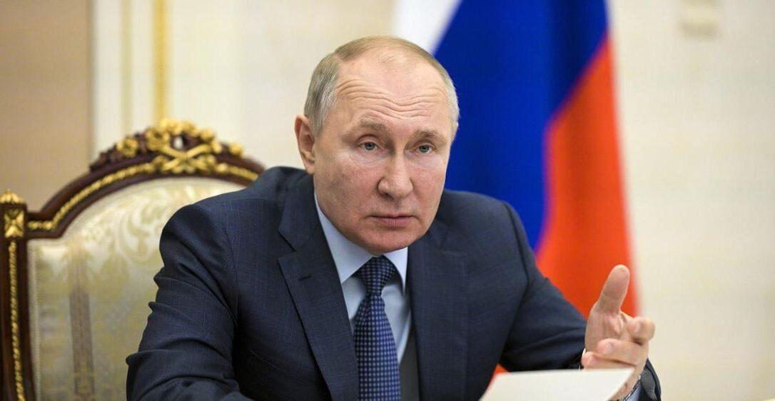 """Μήνυμα Πούτιν: """"Όποιος περάσει τις κόκκινες γραμμές θα το μετανιώσει αρκετές φορές"""""""
