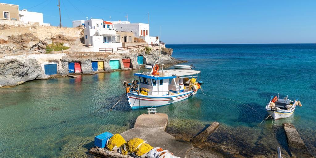ΠΟΥΛΑΤΕ ΤΑ ΝΗΣΙΑ ΣΑΣ: Προπαγάνδα της Yeni Safak για Ελλάδα