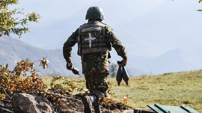 ΠΑΡΑΒΙΑΣΗ ΤΗΣ ΕΚΕΧΕΙΡΙΑΣ: Σφοδρές ανταλλαγές πυρών Αρμενίων & Αζέρων