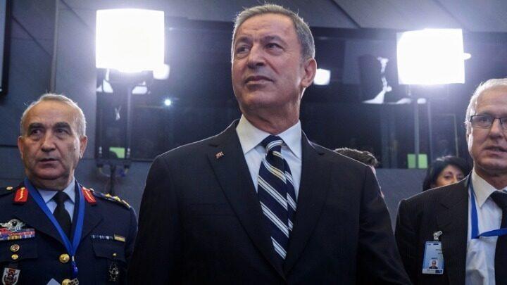 """ΕΠΙΘΕΣΗ ΑΚΑΡ: """"Πολλοί Έλληνες μας πιστεύουν – Οι ΗΠΑ μας κοροιδεύουν"""