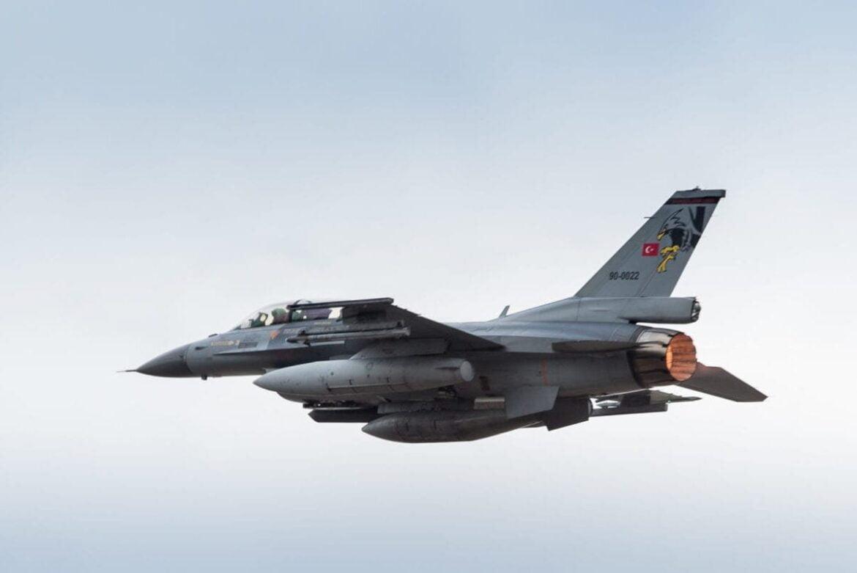 ΨΑΧΝΟΥΝ ΤΑ ΕΛΛΗΝΙΚΑ ΥΠΟΒΡΥΧΙΑ – Δεκάδες παραβιάσεις Τουρκικών αεροσκαφών