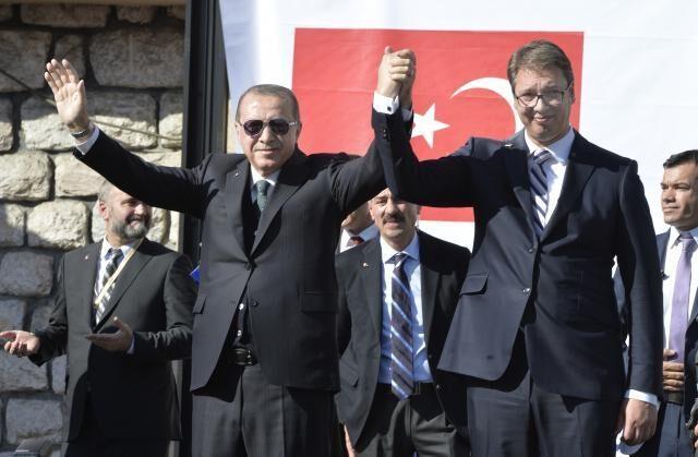 Η Σερβία χώνει δίχως ντροπή την Τουρκία βαθύτερα στα Βαλκάνια