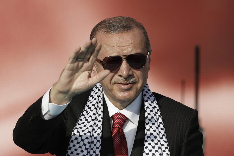"""""""ΦΥΓΕΤΕ ΑΜΕΡΙΚΑΝΟΙ"""" – Συμβουλή Ερντογάν σε Μπάιντεν"""