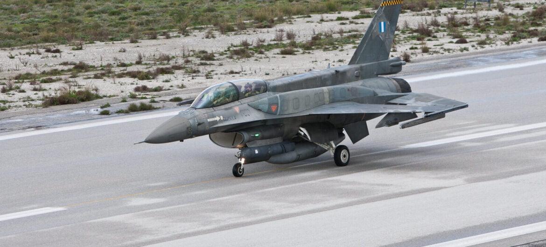 ΕΠΙΤΕΛΟΥΣ: Αύριο η λύση για F-16, Apache, υποστήριξη T-6A