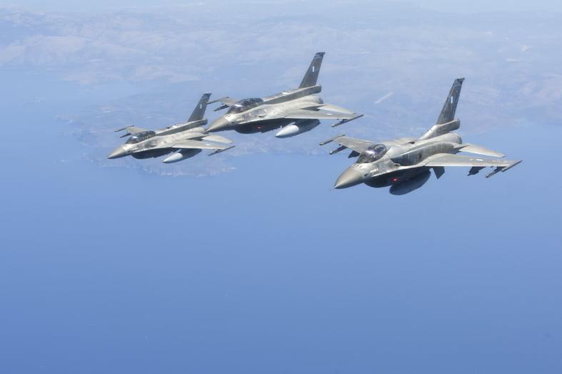 Δεκάδες Τουρκικά μαχητικά προκάλεσαν την αντίδραση της ΠΑ