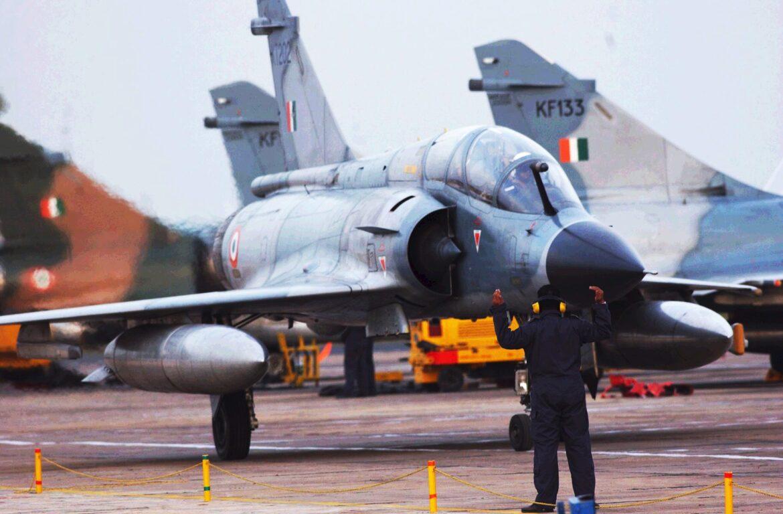 Η Ινδία αγοράζει απο την Γαλλία 24 μεταχειρισμένα M-2000