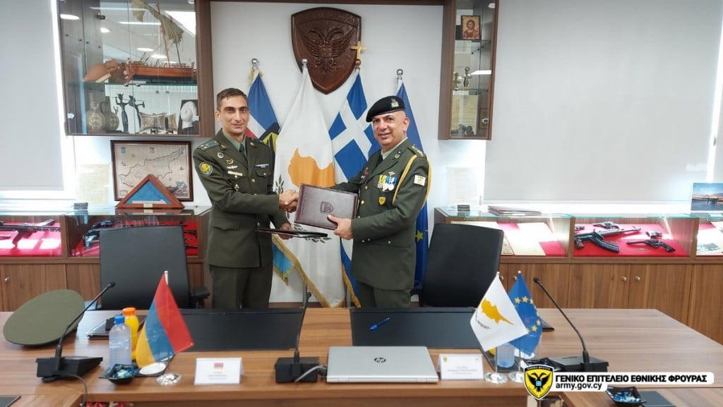 Έπεσαν υπογραφές για την Αμυντική Συνεργασία Κύπρου και Αρμενίας