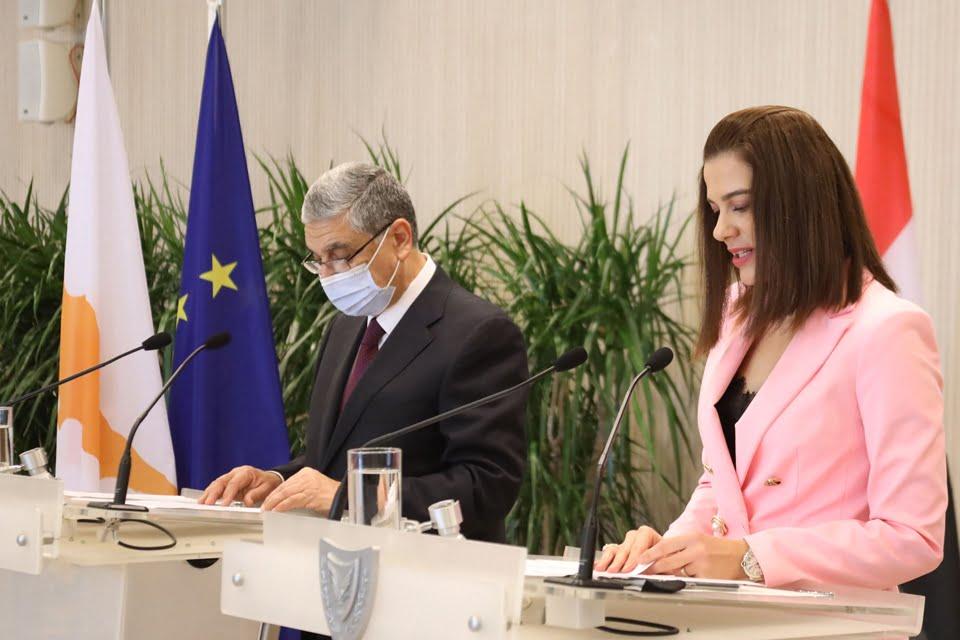 Υπεγράφη σημαντική συμφωνία Κύπρου & Αιγύπτου για την ηλεκτρική διασύνδεση